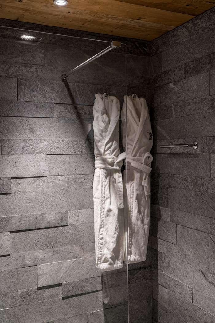 Das moderne Dusche