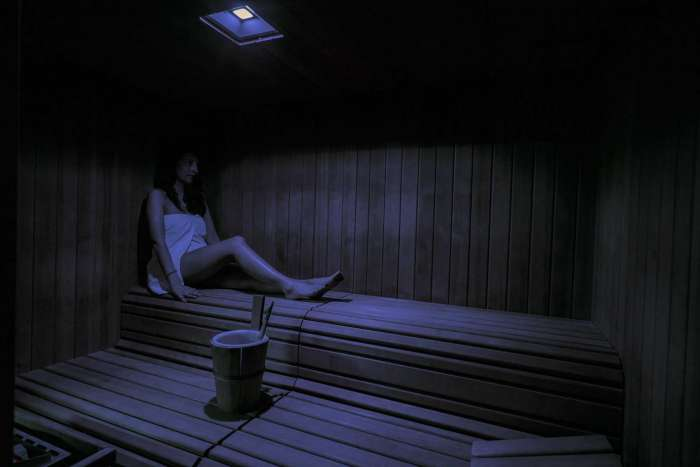 Entspannung im Finnische Sauna
