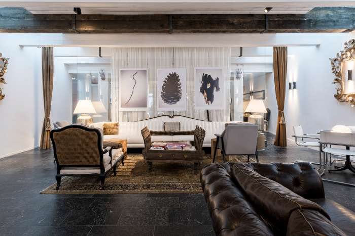 In the relaxation lounge, luxury furnishings and design